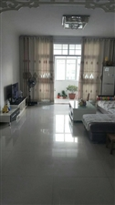 朝阳庭院3室2厅1卫68万元