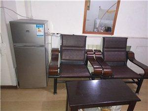 安兴公寓3号楼0室 1厅 1卫750元/月