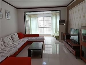 三合锦城精装3楼可按揭3室 2厅 2卫61.8万元