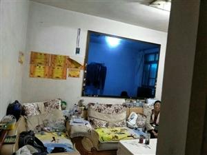 镇雄县粮食局3室 1厅 1卫38万元