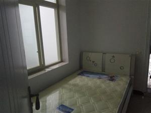 万泰花园4室 2厅 3卫76.8万元