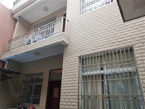 恋家地农民街西元巷单门独院3室2厅2卫73万元