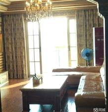 中央豪庭4室 2厅 2卫70.8万元
