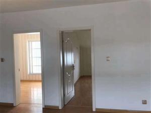 中洋旺街4室 2厅 2卫99.5万元
