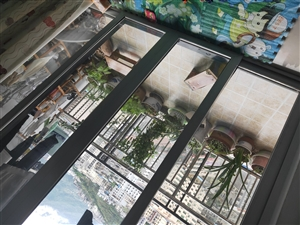 香江豪园3室 2厅 2卫45.8万元