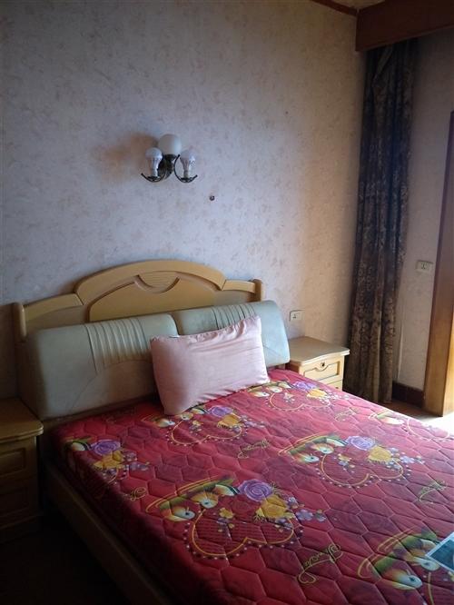 海棠香国酒店后面3室 2厅 1卫26万元-大足在线