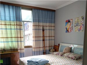 后街大十字165平米精装4室2厅2卫99万元