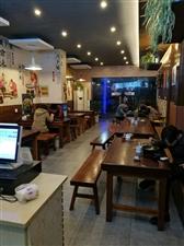 三元广场闹市区70平小吃生意整体转让。