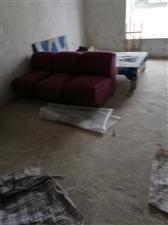 新法院磷矿小区3室 2厅 1卫26.8万元