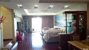 花灯广场4室 2厅 2卫63.8万元