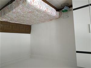 前光里1室 1厅 1卫700元/月