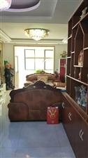 百泰中央花园3室2厅2卫105万元