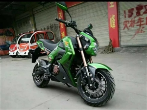 低价出售个小猴子摩托车,车买回来一年多点,很少骑,目前4600公里,原装每颗螺丝,没上户,有合格证,...