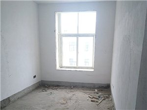 半岛国际城3室2厅2卫60万元