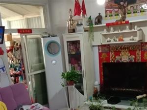 霞光广场3室1厅1卫64万元
