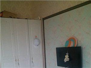 智诚御河骏景(智诚御河骏景)1室 0厅 1卫1250元/月