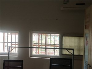 蚂蚁公寓1室0厅1卫1200元/月