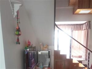 香江豪园精装3室 2厅 2卫40万元