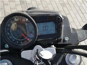钱江龙摩托车,刚买上不到三个月,骑了1200km, 有想要的可以跟我联系,15352178789,价...