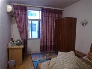 红旗幼儿园旁3室1厅1卫52万元