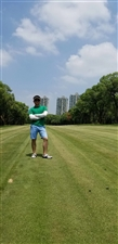 求管理职位:高尔夫球场从业三年,学的体育专业
