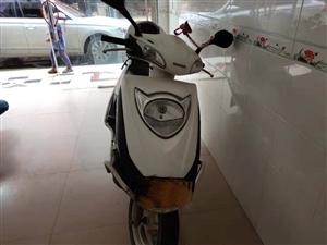 新大洲本田dio踏板车出售21000多公里很少骑证件齐全
