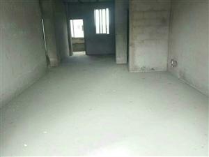 领秀边城小区3室2厅2卫33万元