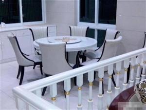 世纪豪庭豪华装修4室 2厅 2卫3300元/月