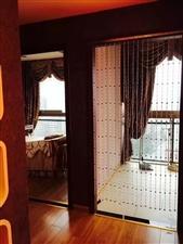 花灯广场重百楼上3室 3厅 2卫2200元/月