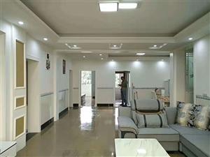 四十米大街3室 2厅 2卫56.8万元