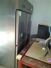 冰箱低�r出售。有意者���系。
