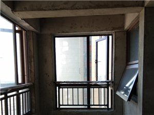 星河湾3室2厅2卫78.8万元南北通透,河景房