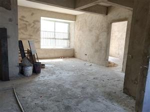 百泰京城毛坯房3室2厅2卫90万可按揭