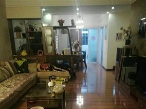 龙腾三楼精装三室带家具家电装修清爽户型方正急售