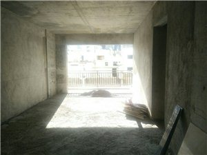青合锦城3室2厅2卫63.5万元