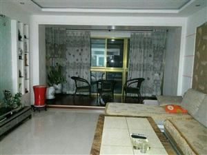 紫轩花园3室2厅1卫2300元/月