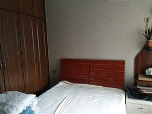 外滩1002室 2厅 1卫66.6万元