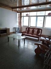 兴浦东区 三楼  有柴火间3室 2厅 1卫92万元