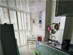 真实图片碧水河畔3室2厅1卫1500元/月