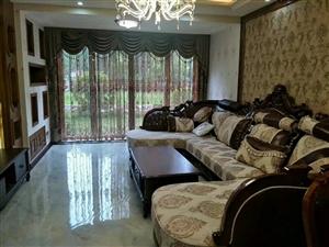 中央公园豪装3室2厅2卫110平方102万元