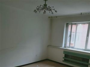 新兴街兴亚小区3室 1厅 1卫70万元