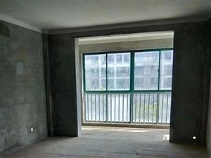 宏泰雅苑3室2厅2卫130万元