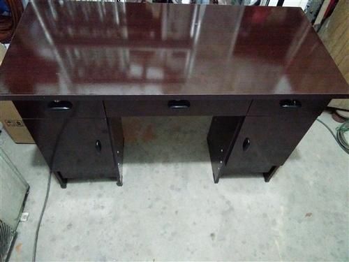 办公桌,写字桌出售,99新