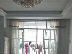 玲珑庭院4室2厅2卫45万元
