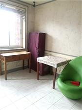 长安小区3室2厅1卫1050元/月