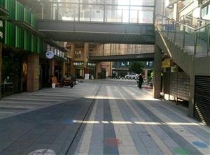 新区地铁口旺铺,金铺养三代,双环线中心,交通方便。