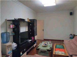 小广场精装3室2厅1卫喊价53.8万元
