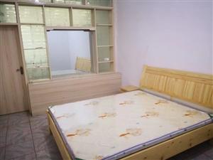 2室1厅1卫900元/月大转盘南