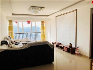 出售梓江新城98平米大两房家具齐全中间楼层