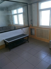 西苑一期3室带储藏室45万证满5年一小实验学区房